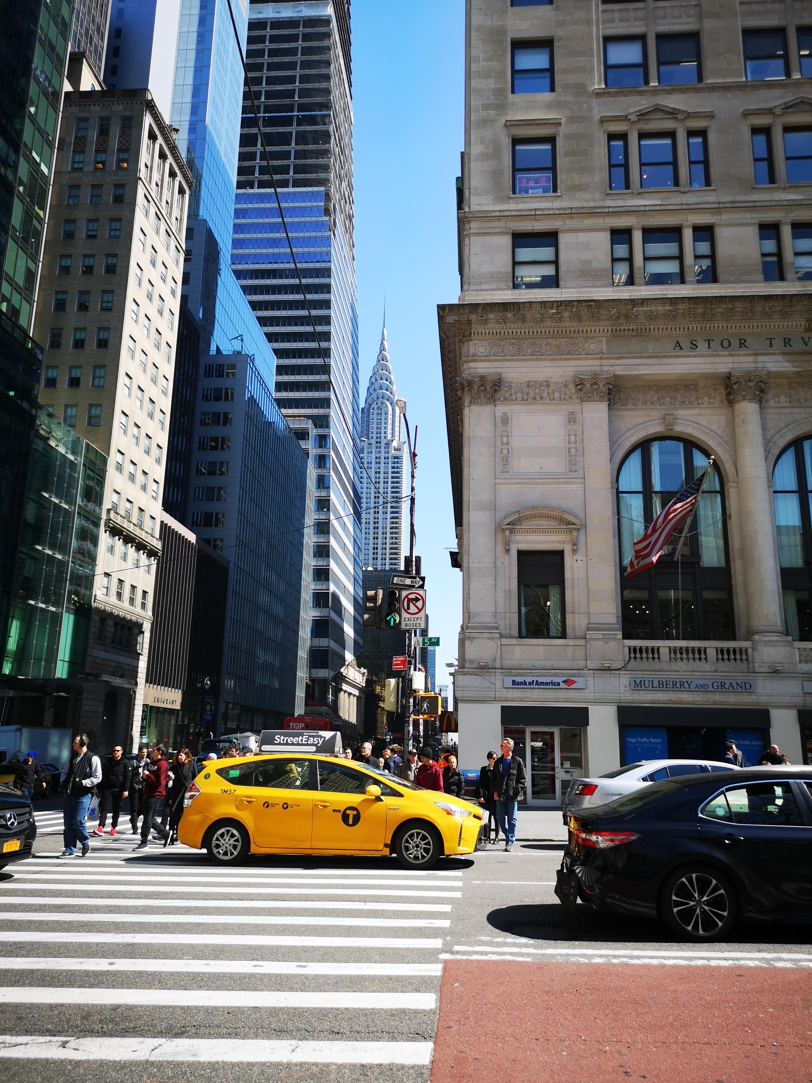 YELLOW Taxi NY